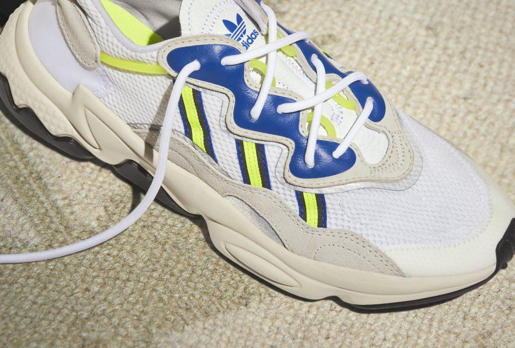 | Τα adidas Originals μάς ξανασυστήνουν το OZWEEGO, το αγαπημένο sneaker της δεκαετίας του '90! | #Hx2com